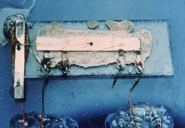 世界上第一个集成电路